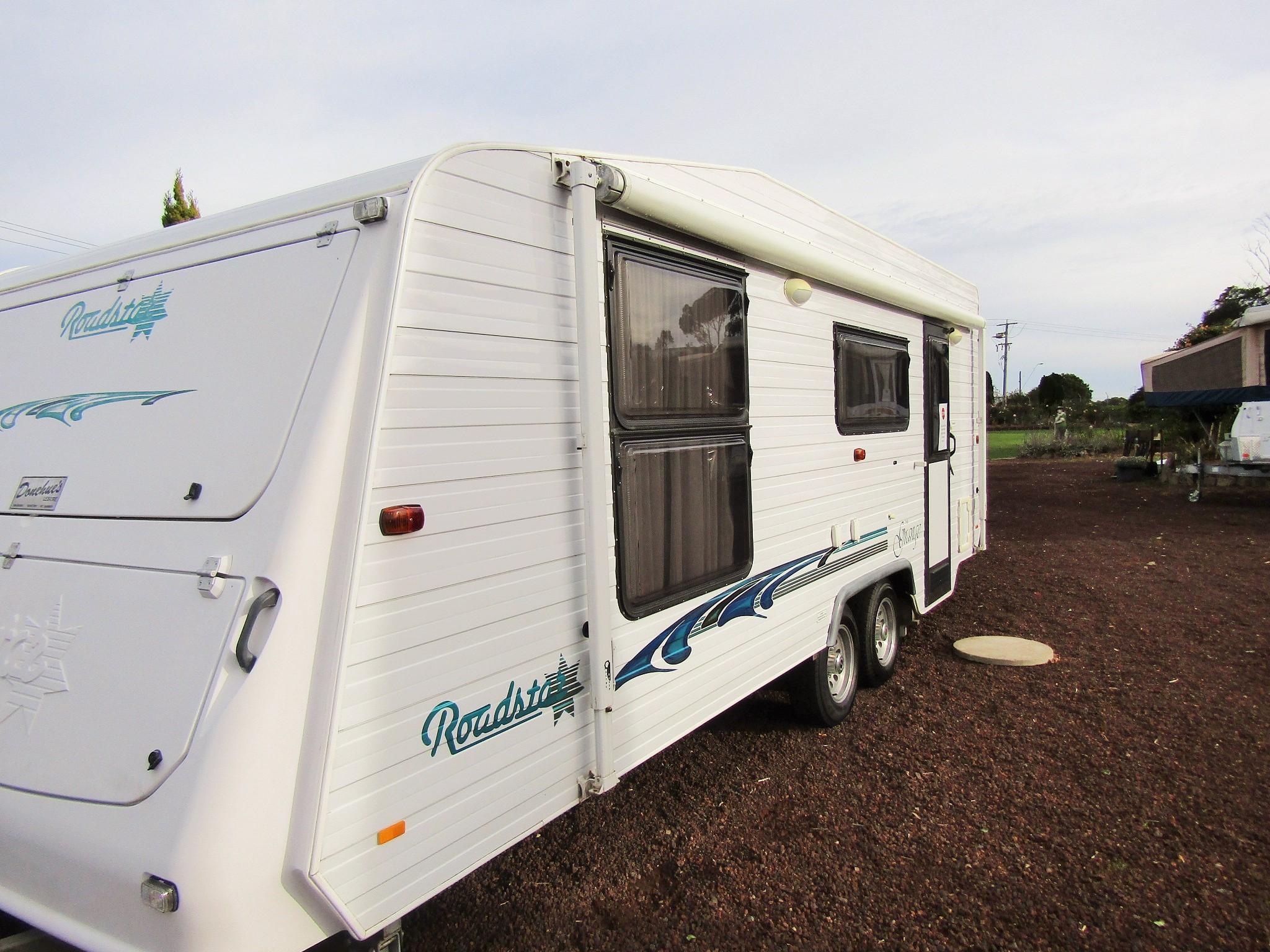 Donehues Leisure Roadstar Grange Ensuite Bathroom Caravan Hamilton 12467h IMG 2634
